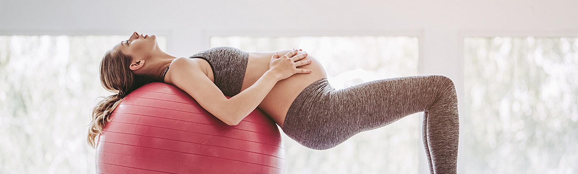 Yoga en los primeros días de embarazo   Más Abrazos by Huggies