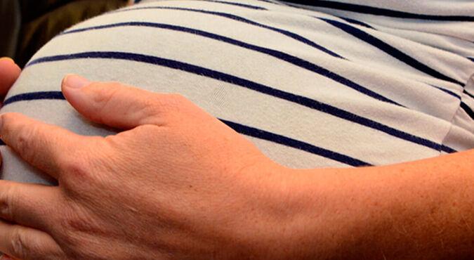 Requisitos para viajar embarazada en avión | Más Abrazos by Huggies